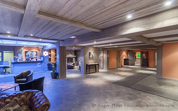 Reception of Hotel Vancouver, La Plagne, Paradiski