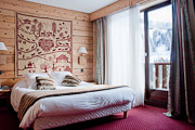 Alpen Roc hotel, La Clusaz, typical room with balcony