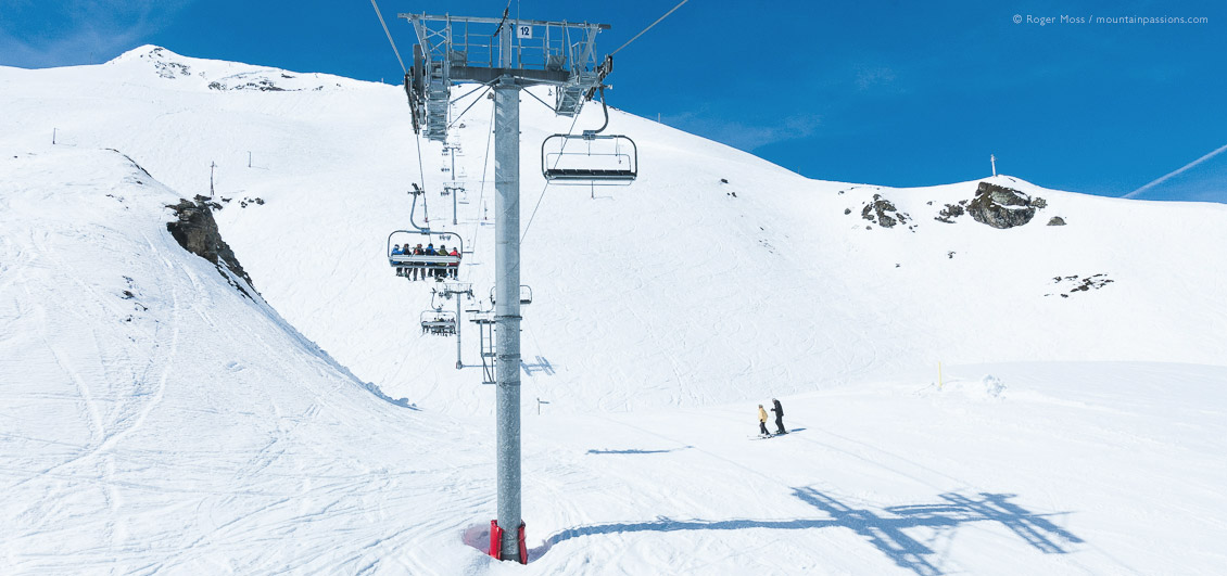 Chairlift and skiers at Piau Engaly, French Pyrenees