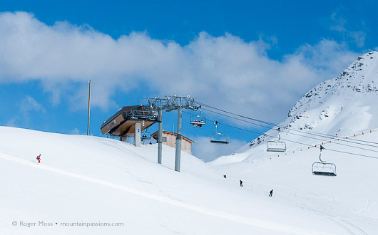 The Frêne high-speed chairlift drops skiers just above the Col de La Madeleine.