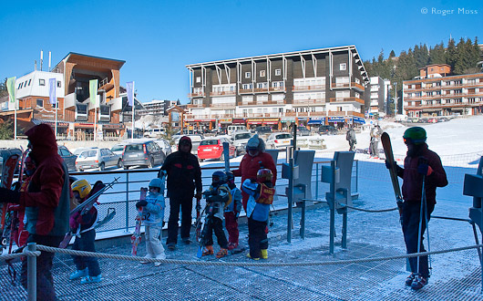 Lift entrance with skiers, Chamrousse 1650