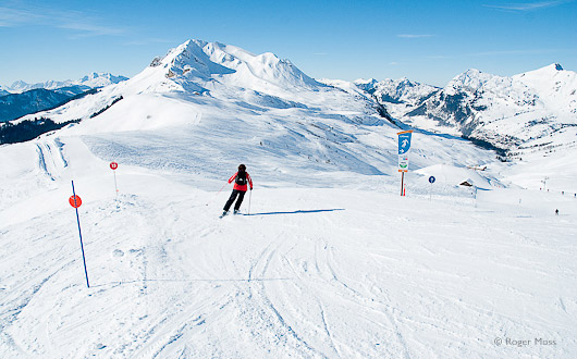 Skier in the Vallée du Maroly, Le Grand Bornand