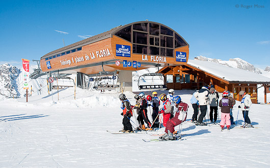 The six-seater high-speed Floria lift offers quick access to the heart of the ski area, Le Grand Bornand