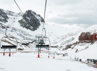 Ski-lift in valley, La Mongie