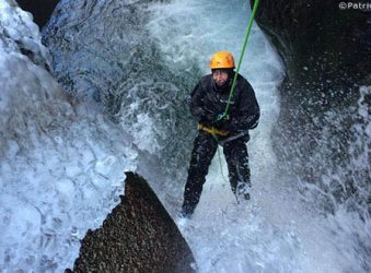 winter canyoning