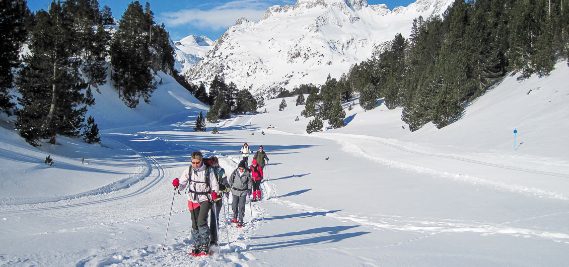 Guided snowshoe walking in the French Pyrenees