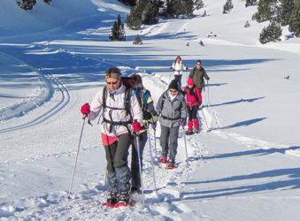Guided snowshoe walk in the French Pyrenees
