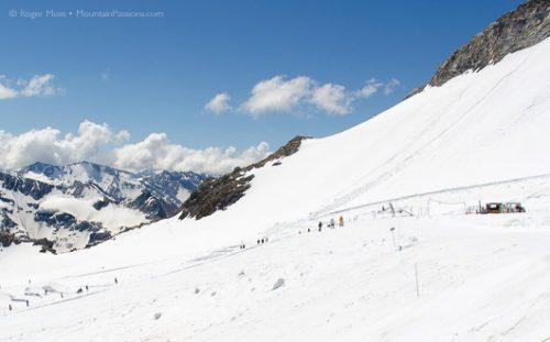 Glacier summer skiing, Grande Motte, Tignes