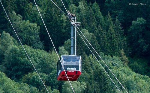 Aiguille du Midi cable car leaves Chamonix