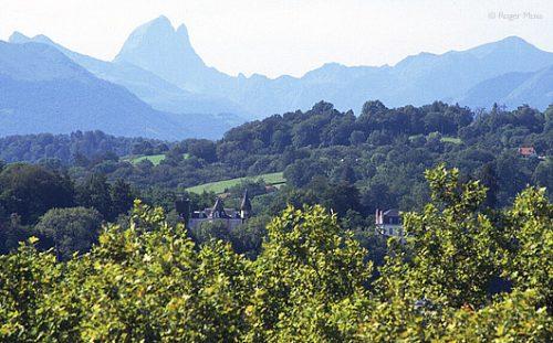 Pau, view towards Pyrenees