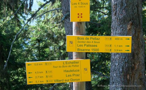 Mountain footpath signage, Les Saisies