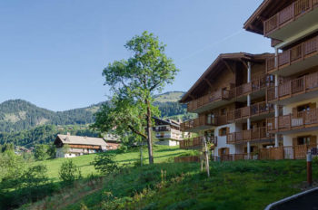 Les Chalets d'Angele in Châtel overlook fields and mountains in it's quiet location a short walk from the village.