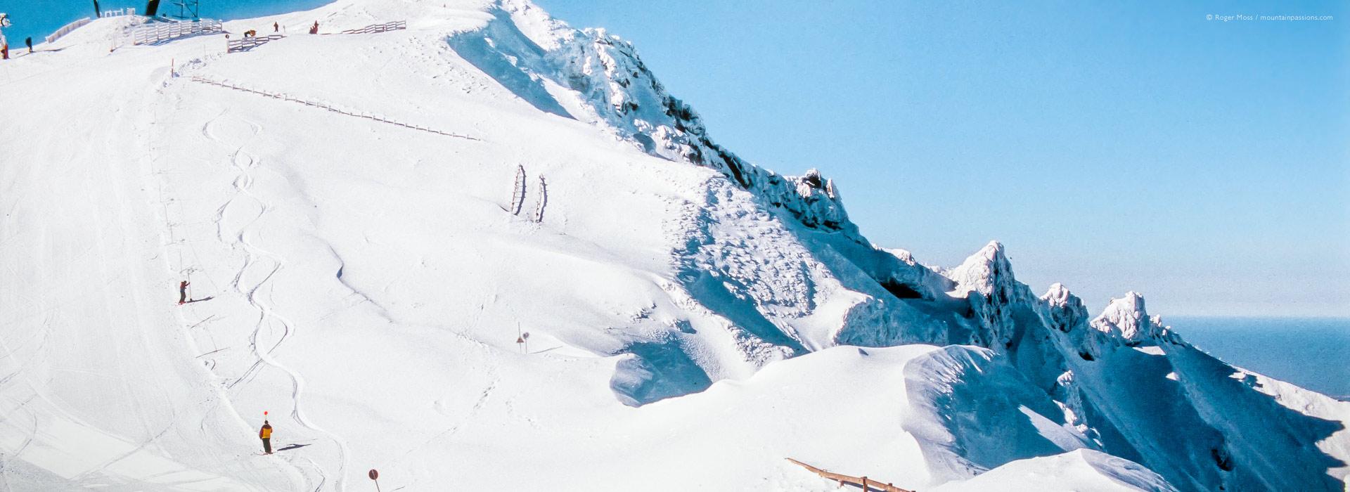 Preparing highest pistes at Le Mont Dore