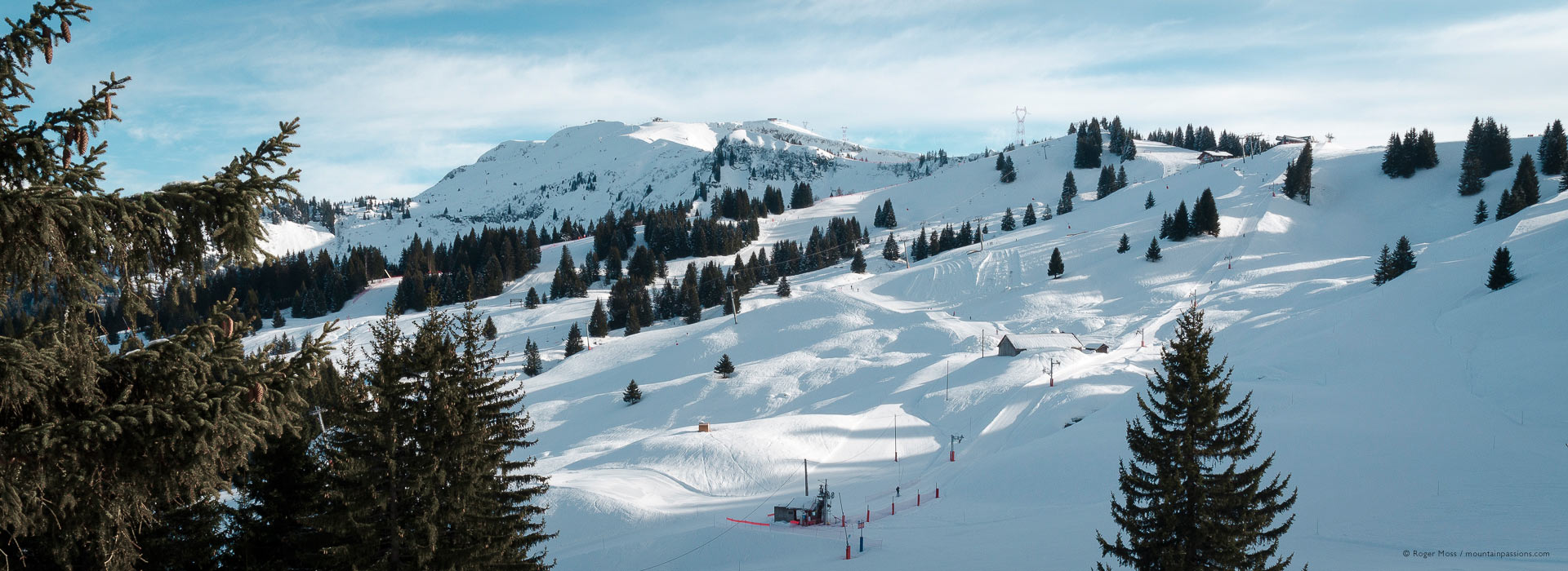 Wide view of Samoens ski area, Grand Massif, French Alps