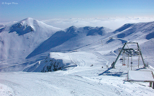 Le Mont Dore's relatively modest ski area is well served by its lift system.