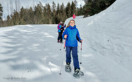 Family snowshoe walk in Areches-Beaufort, French Alps