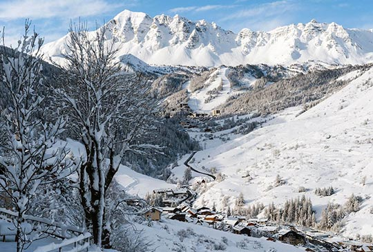 The scenery at Vars southern French Alps resort is superb - keep an eye on the resort webcam for some stunning views.